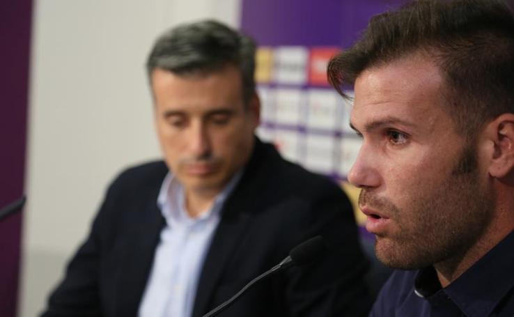Presentación de Alfredo Ortuño como jugador del Real Valladolid