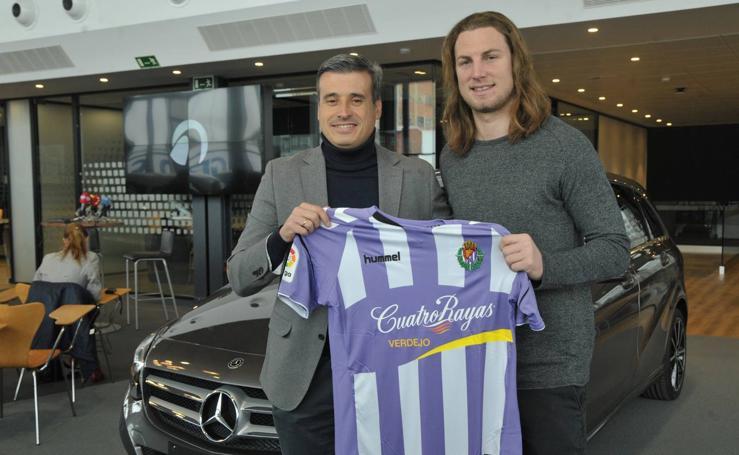 El Real Valladolid presenta a Lukas Rotpuller
