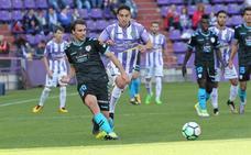 El árbitro impide la inmerecida victoria del Real Valladolid