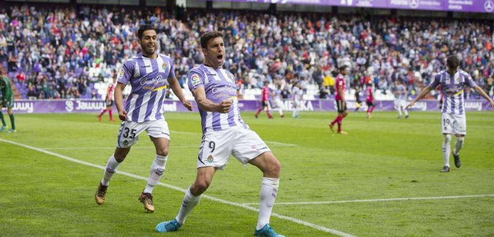 Mata toma el relevo de Javi Guerra como máximo goleador del Pucela en una temporada