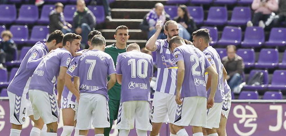 34 jugadores pasaron por la plantilla blanquivioleta en la campaña del ascenso