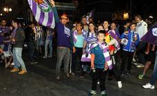 Valladolid celebra en la Plaza Zorrilla el ascenso del Pucela