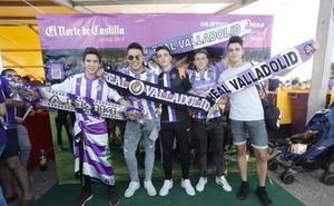 El Photocall de la fan zone del Real Valladolid en el día del ascenso