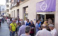 Las enormes colas obligan al Real Valladolid a reorganizar la forma de obtener un abono