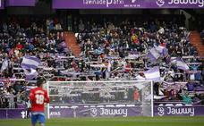 La afición del Real Valladolid agota en tres días los abonos de Tribuna Norte