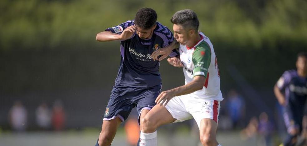 Derrota y empate para el Real Valladolid en el triangular de Asturias