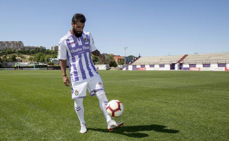 Presentación de Verde como nuevo jugador del Real Valladolid