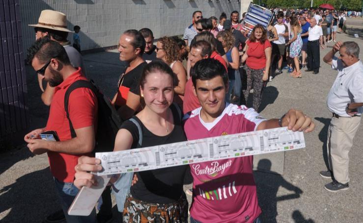 Los más afortunados ya tienen sus entradas para el Real Valladolid-Barcelona