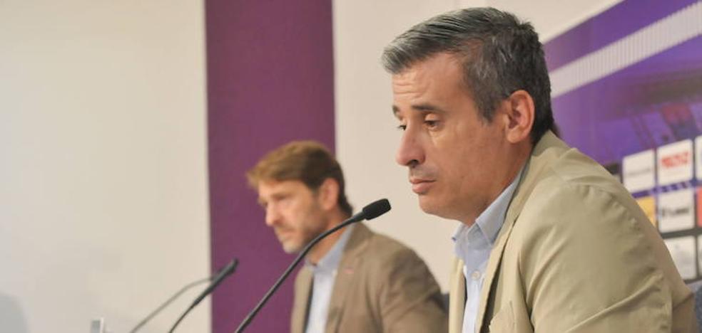 Miguel Ángel Gómez, «muy orgulloso» de la plantilla del Real Valladolid
