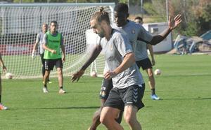 Borja regresa al entrenamiento del Real Valladolid con susto