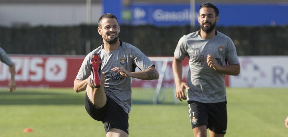 Sergio se lleva a 20 futbolistas a Vigo y tendrá que descartar a dos