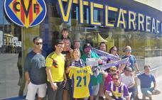 Los peñistas del Real Valladolid comen junto a los del Villarreal