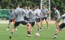 Entrenamiento del Real Valladolid en Lasa Sport