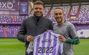 Nacho amplía hasta 2022 su contrato con el Real Valladolid