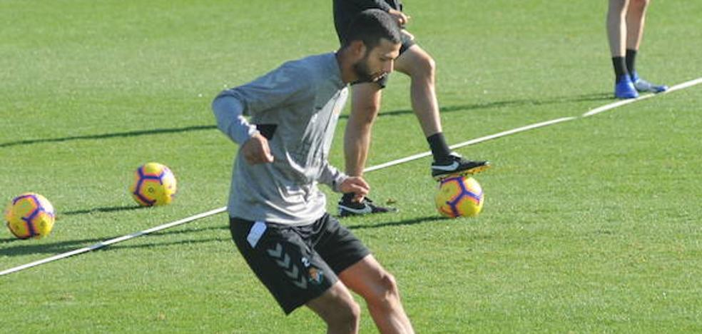 «Si juego, me sentiré seguro con Calero», afirma el debutante Joaquín