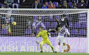 El Real Valladolid flaquea en los balones aéreos por primera vez en la era Sergio
