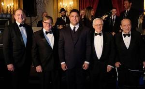 Ronaldo, presidente del Real Valladolid, recibe el Premio de la Cámara de Comercio de Brasil y Estados Unidos por su labor humanitaria