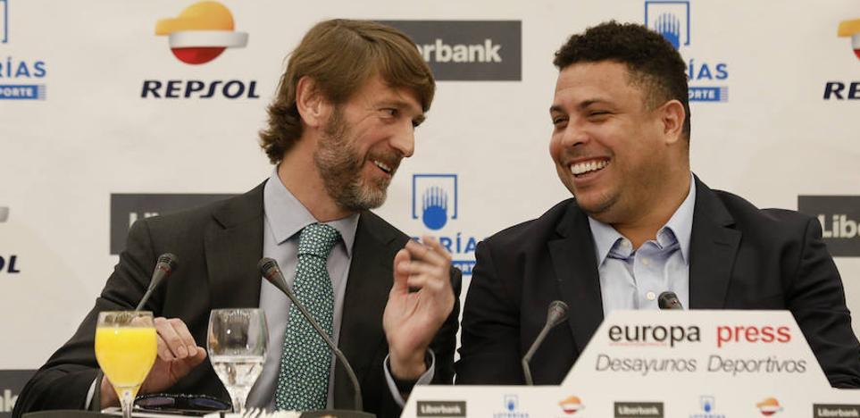 Ronaldo Nazário: «Tener a la gente ilusionada es mejor que hacerle un hat trick al Barça con el Real Madrid»