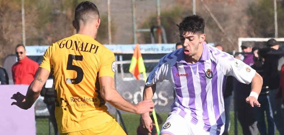 El Real Valladolid B busca en el Helmántico su primera victoria a domicilio