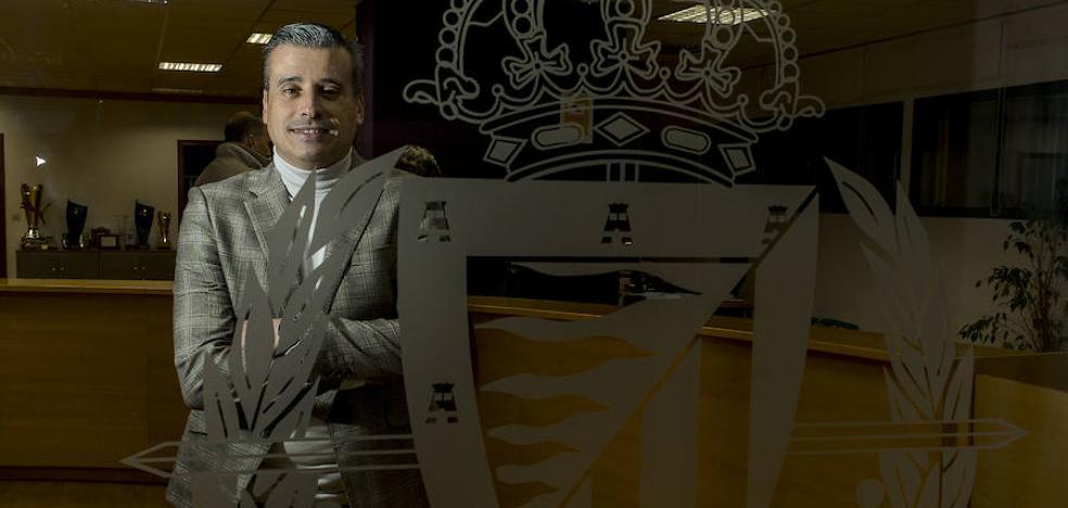 Miguel Ángel Gómez, director deportivo del Real Valladolid: «Tenemos un entrenador brillante que saca rendimiento a los jugadores»