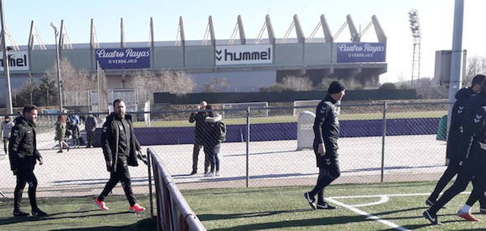 El Real Valladolid inicia sobre hierba artificial la preparación para el partido de Copa contra el Getafe