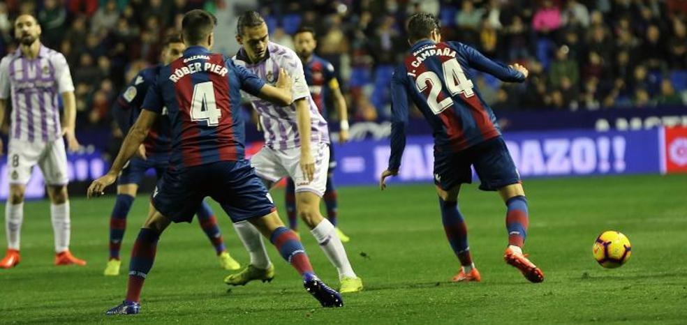 El Valladolid cae ante el Levante