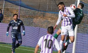 El Coruxo asalta los Anexos ante un Real Valladolid B sin mordiente