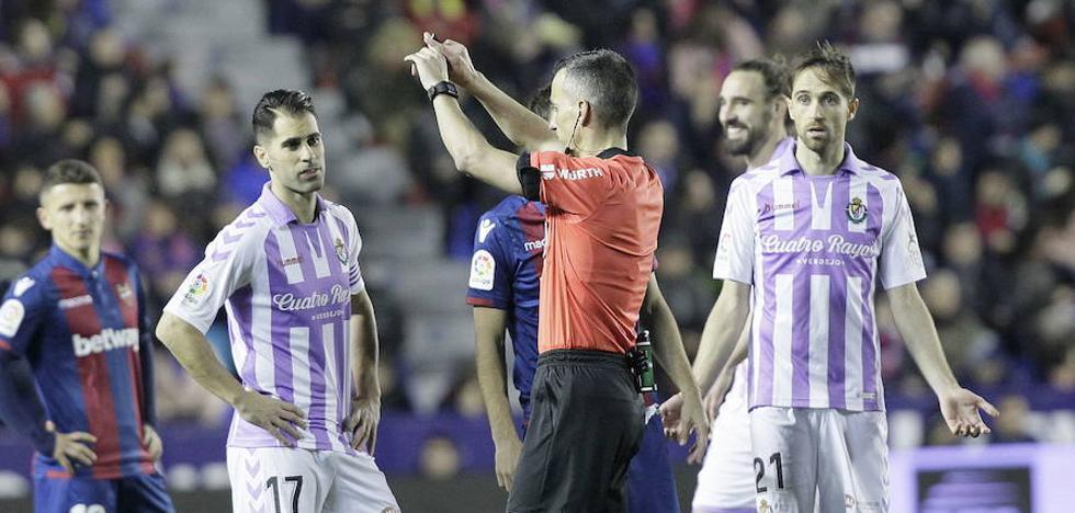 El deporte vallisoletano apoya el silencio del Real Valladolid ante el VAR