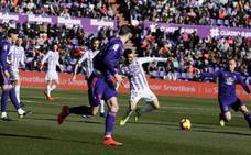 El Real Valladolid da la vuelta al marcador en la segunda parte