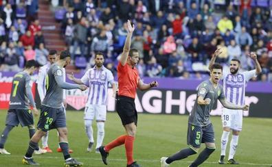Lágrimas por el ensañamiento del VAR con el Real Valladolid