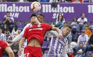 Rubén Alcaraz, el mejor del Real Valladolid en el empate frente al Getafe