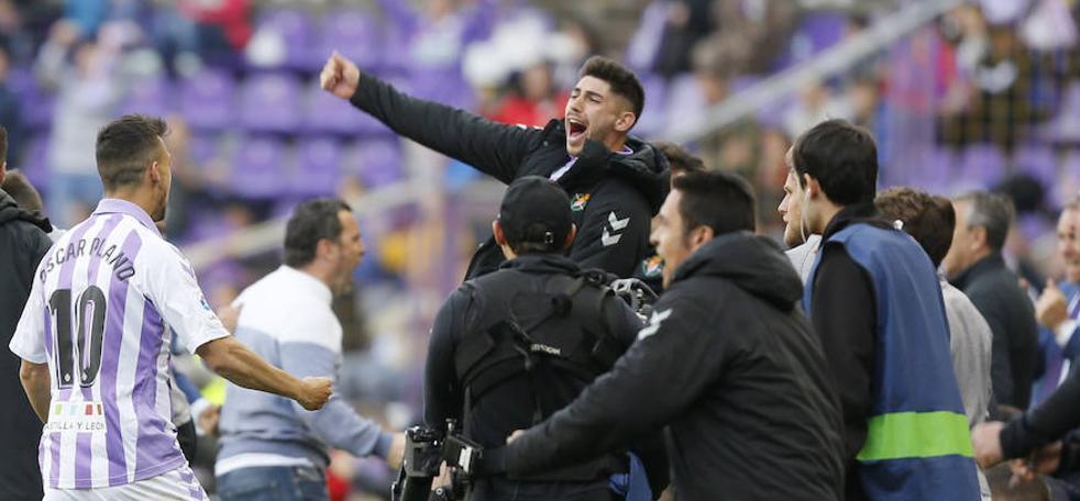 El Real Valladolid gana otra final y se acerca a la salvación