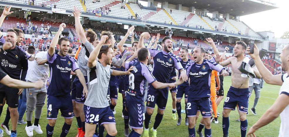 El Real Valladolid se queda en Primera