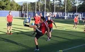 El Real Valladolid completa su primera sesión en California con la única baja de Anuar