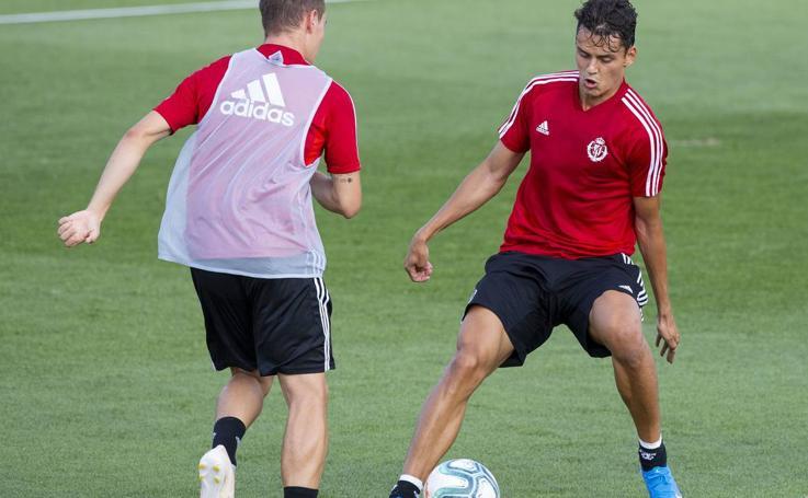 Primer entrenamiento del Real Valladolid en los Anexos después de su viaje por EEUU
