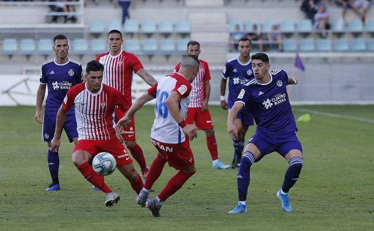 El Real Valladolid gana en La Balastera ante el Sporting 2-0