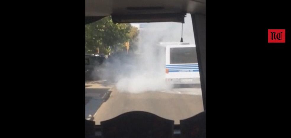 Sofocan un incendio en un autobús de La Regional en Arroyo