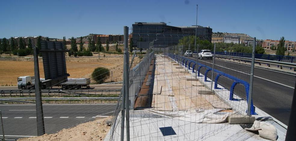 La pasarela peatonal no será abierta hasta después de septiembre