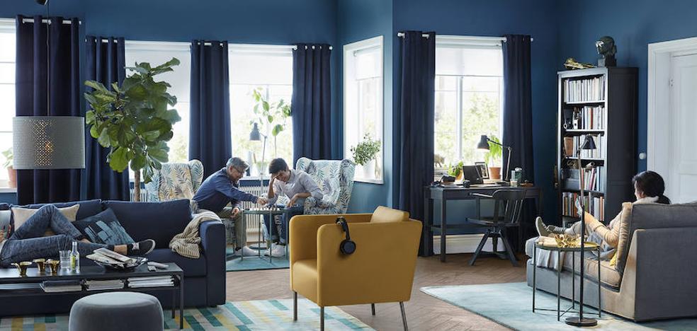 IKEA 'monta' la portada del catálogo 2018 en el centro de la ciudad