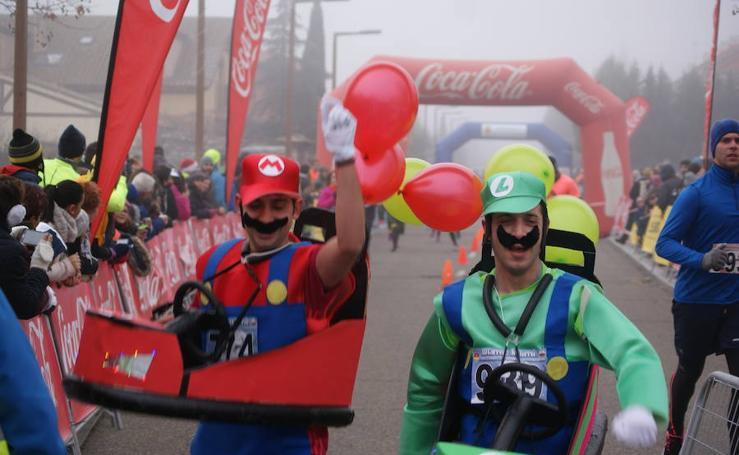 Más de 1.200 personas han participado en la Carrera del Turrón de Arroyo