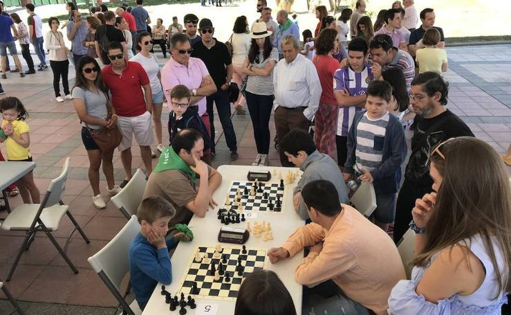I Torneo de ajedrez San Antonio al aire libre en La Flecha (Arroyo)
