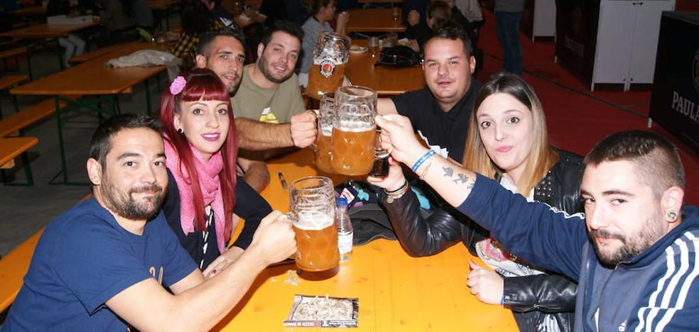 La Oktoberfest reúne este largo fin de semana en Arroyo a los amantes de la cerveza