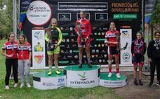 Estela Domínguez vence en el primer encuentro internacional de Extremadura de ciclismo