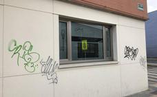 La Policía Local de Arroyo investiga unas pintadas aparecidas en La Flecha