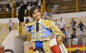 Curro Díaz por Emilio de Justo en La Flecha