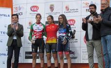 La arroyana Estela Domínguez se impone en el Open de España BTT de ciclismo