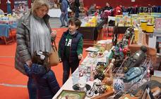 El Mercado de Arroyo retoma su frenética actividad antes de Semana Santa