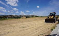 Comienzan las obras de los campos de rugby y fútbol en Arroyo
