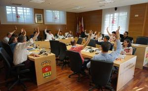 Los concejales de Arroyo celebran el último pleno del mandato municipal