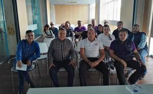 La emisora Radio Taxi Metropolitano Valladolid toma fuerza con la asamblea celebrada en Arroyo